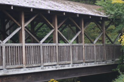 Red house bridge