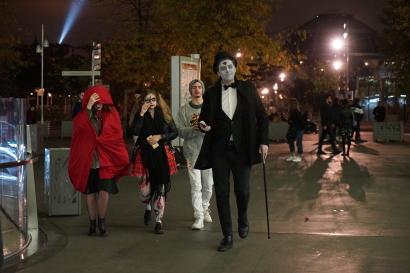 Spooky Parisians