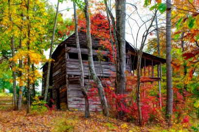 Old Barn in Oak Hill Community...